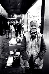old () Tags: old bw black face shanghai bodylanguage natura fujifilm 24mm fujinon row2 era100 changshuroad