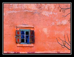 Invierno en la ventana - Winter in the window (jose_miguel) Tags: winter espaa reflection tree window glass miguel arbol ventana spain bravo searchthebest shots quality jose morocco maroc reflejo marrakech invierno marrakesh marruecos cristal outstanding interestingness8 magicdonkey instantfave outstandingshots gtaggroup explore8 marraquech abigfave p1f1 panasoniclumixfz50 shieldofexcellence anawesomeshot impressedbeauty aplusphoto instantafave 200750plusfaves