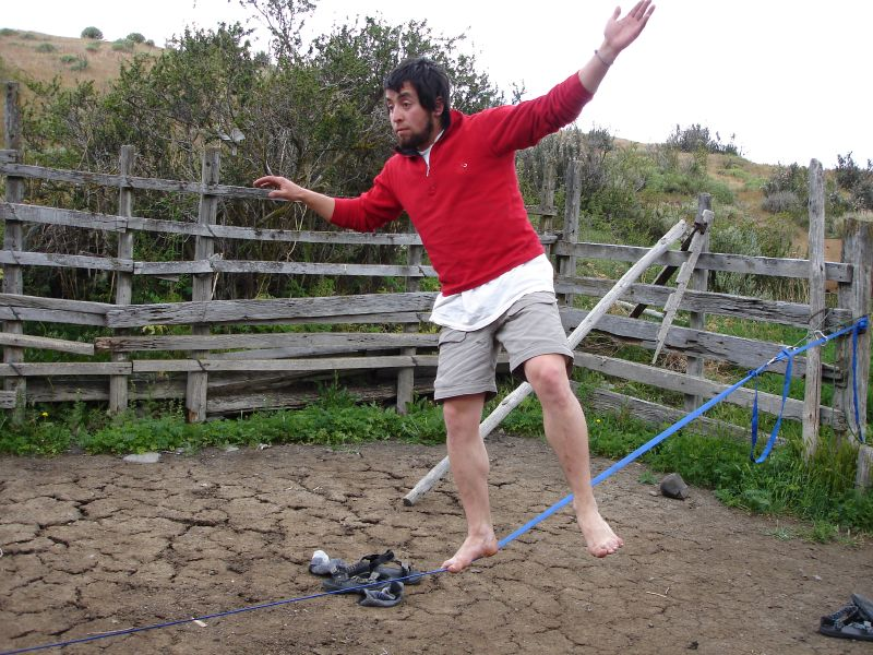 Tadeo on Slackline