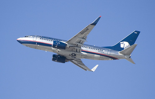 Aeromexico 737-700 N908AM