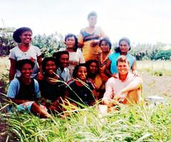 Kekini (Mangiwau) Tags: me sailboat garden coast strangers png papuanewguinea papua hagen meri aroma portmoresby rabaul wau melanesia kaikai madang goroka pacifique lae guinee niugini moresby wantok oceanie alotau morobe papouasie papouasienouvelleguinee paramana kekini paramanastrangers aromacoast nouvelleguinee mangiwau