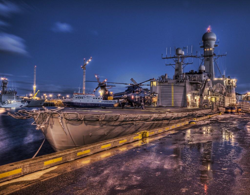 Icelandic Battleship - Protecting the Whales