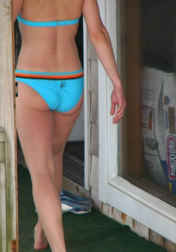 Neighbor in bikini