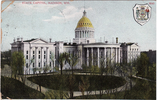 WIsconsin State Capitol - early 1900s front