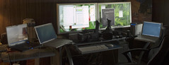 facetmedia-studio5 (Trancepriest) Tags: apple powerbook office ibook g5 powermac setup tuaw emachine applecinemadisplay panasonichvx200