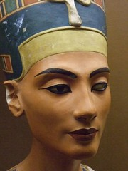 Replica of the bust of Queen Nefertiti 18th Dynasty Egypt (mharrsch) Tags: california ancient egypt sanjose queen creativecommons 18thdynasty nefertiti akhenaten rosicrucianegyptianmuseum amarna mharrsch
