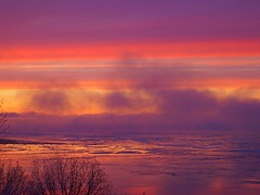 Christmas sunset 2 in Alaska, USA (wittywd40) Tags: christmas sleeping sunset favorite colors beautiful alaska lady wonderful december gorgeous awesome cook 2006 mount explore anchorage 25 instant inlet bluffs incredible aweinspiring susitna cookinlet bigmomma babymomma instantfavorite abigfave abigfav wittywd40 impressedbeauty impressively december252006 impressivelybeautiful cookinletbluffs travelerphotos goldenphotoghrapher photofaceoffwinner pfogold