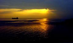 Sunset 31.12.2006 (*shana) Tags: sunset sea st boat colorful adorable croatia split dalmatia dalmacija dalmazia abigfave photofans snjegovic snjezananovak impressedbeauty