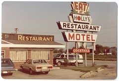 Eat at Holly's (Cowtools) Tags: sign restaurant maryland roadtrip easternshore roadfood usroute50 hollysrestaurant