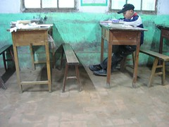Cao Tang Ying II (silverlinedwinnebago) Tags: china school boy people green girl children village classroom small chinese january books study xian chalkboard learn 2007