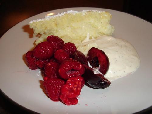Lemon Cake, Vanilla Cream and berries....