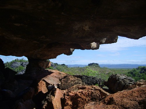 the aboriginals liked the overhangs but by robstephaustralia, on Flickr
