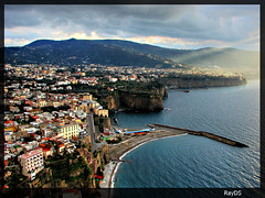 Meta di Sorrento - Italy (RayDS) Tags: travel houses sunset sea italy panorama cliff sun beach colors rock clouds port landscape vacances photo bravo holidays rocks italia tramonto nuvole mare ray outdoor sony meta sorrento rocce colori dsc hdr vacanze h5 tempolibero rayds