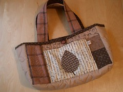 quilted bag 4 front par PatchworkPottery