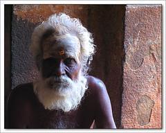 Altrove (**luisa**) Tags: portrait india man bravo asia diamond tanjore fivestarsgallery diamondclassphotographer flickrdiamond
