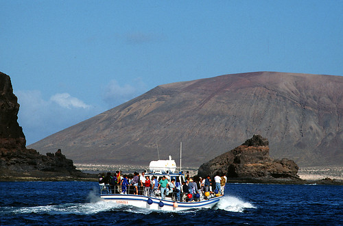 3122-150411 - Boat to La Graciosa - Copyright by Martin Liebermann