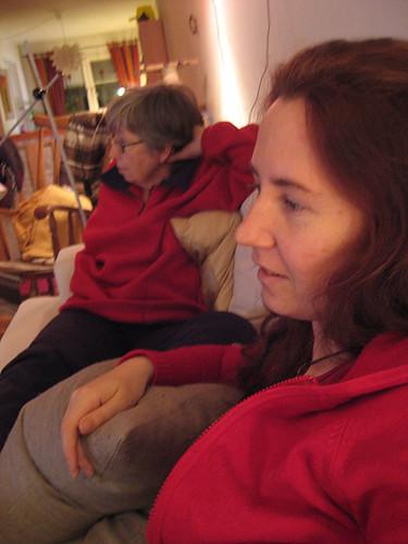 23:11 - tittar på svartvit långfilm med mamma