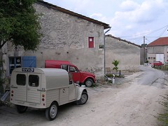 Vive la France! (azu250) Tags: france citroen ak 2cv 250 besteleend azu ak400 deuche fourgonette woimbey