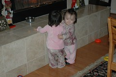 Ree hugs her sister (Ree gives THE BEST hugs)
