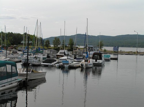Deep River marina