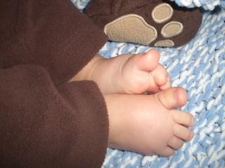 """bear"" feet"