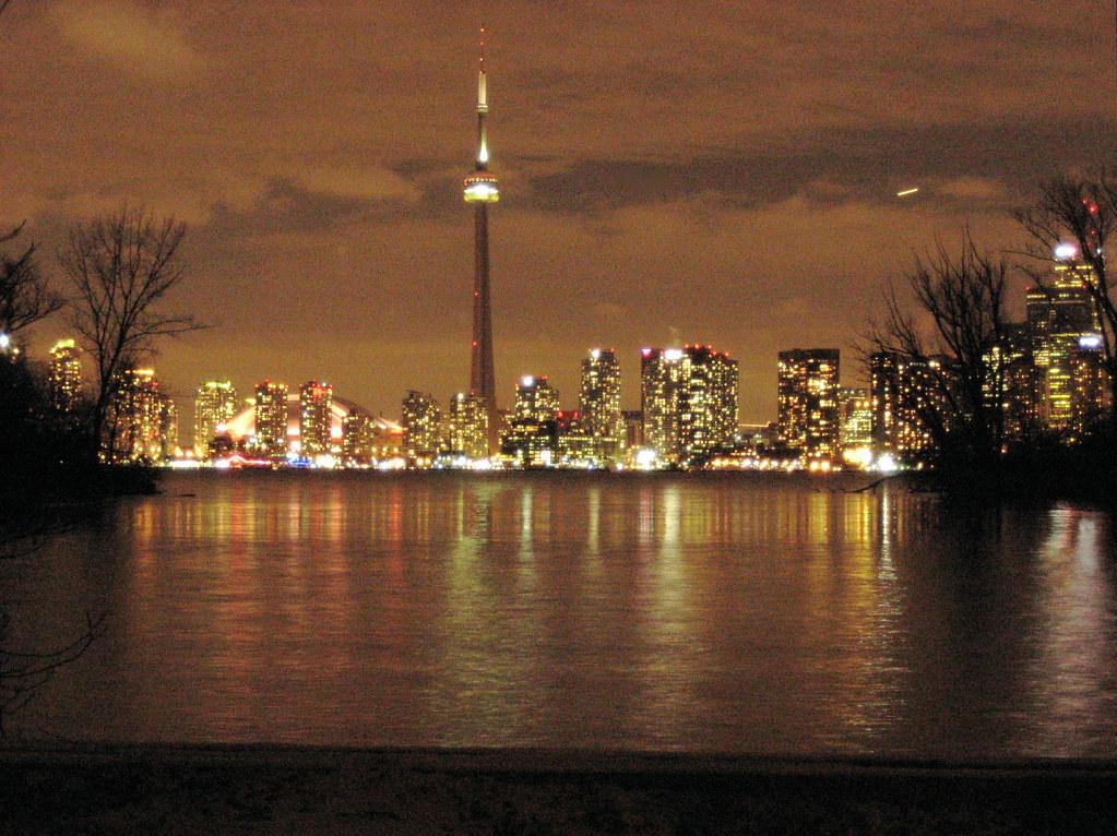 14 01 07 - Toronto Glitters