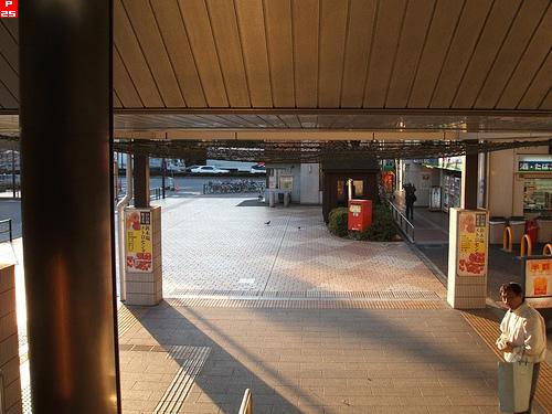 新木場駅階段