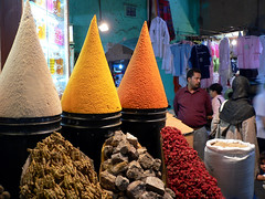 MARRAKECH, MOROCCO (André Pipa) Tags: marrakech marrakesh marrocos morocco maroc africa medina souk especiarias cores colours vivid andrépipa photobyandrépipa maghreb 500faves mistério mistery voyage travel reportagem