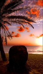 Sunset Beach (xengravity) Tags: sunset beach hawaii maui pipeline banzai shilouette rbfeatured