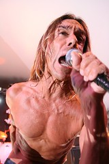 SXSW Music 2007 - Iggy Pop and the Stooges @ Stubbs (Robert Scales) Tags: music austin punk iggy texas sxsw gigs liveband stooges stubbs rockandroll iggypop thestooges sxswi sxswmusic stubbsbbq sxswm sxsw2007 sxsw07 sxsw2009 sxsw14