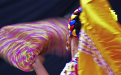 Remolino Floral (Jesus Guzman-Moya) Tags: portrait woman motion mxico mexicana mexico interestingness mujer bravo action retrato dancer puebla bailarina blueribbonwinner i500 outstandingshots chuchogm abigfave sonydslra100 jessguzmnmoya anawesomeshot colorphotoaward superbmasterpiece flickrdiamond highestposition199onmondaymarch262007
