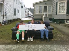 kids on free sofa