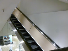 Macy's escalators @ Tri-County Mall, Cincinnati, OH (125) (Ryan busman_49) Tags: tricountymall cincinnati mall retail ohio springdale