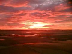 Sunset in Schwechat-Airport (olympus_fotograph) Tags: pink blue sunset austria sterreich airport sonnenuntergang cyan magenta lila ft blau flughafen 43 oesterreich schwechat zd fourthirds vierdrittel