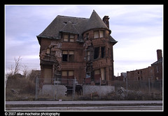 Old Slumpy (Allan M) Tags: house abandoned decay detroit victorian demolition mansion demolished fallingover brushpark slumping cavingin oldslumpy williamlivingstonehouse livingstonehouse