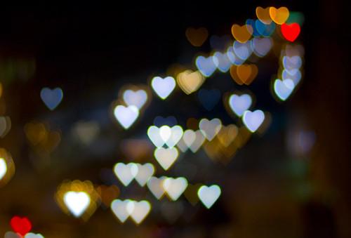 Efecto de bokeh con corazones