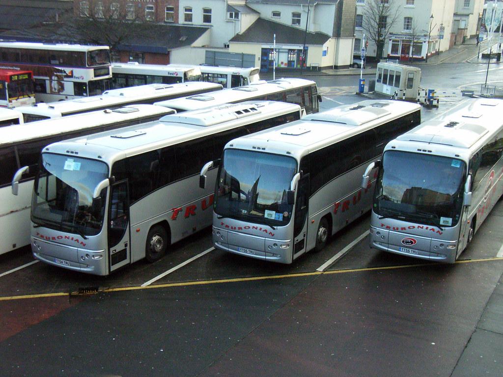 TT04TRU TT05TRU TT55TRU Truronian Coaches.