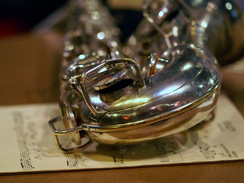 Saxophone, Resting