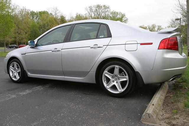 auto car silver 2006 acuratl