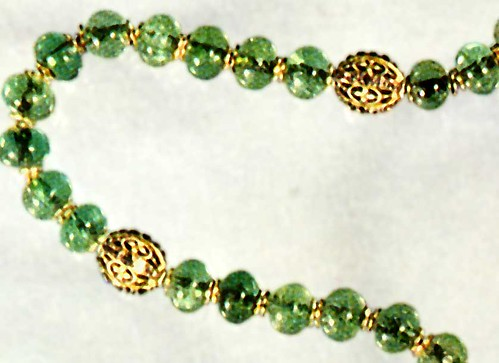 Emerald rosary, detail