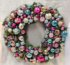 Fabbbbulous vintage ornament wreath (holiday_jenny) Tags: christmas holiday vintage pretty balls garland wreath ornaments