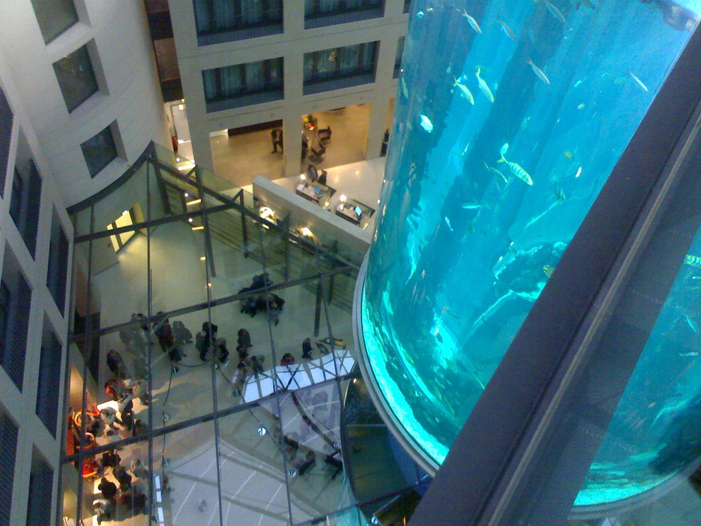 Berlins Aquadom and Sealife Center are located in the same area and ...