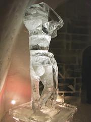 Statue-de-glace