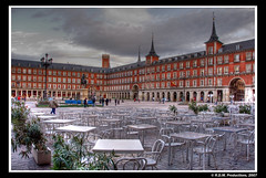 Plaza Mayor HDR (R.Duran) Tags: madrid plaza espaa spain nikon espanha europa europe mayor d200 espagne hdr 18200mmf3556gvr nikon18200mm 1xp