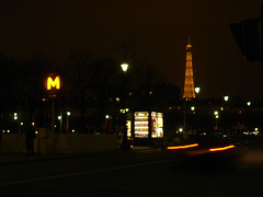 ehhhh  l'incontournable trilogie MKT (Dit Dine) Tags: pariiis