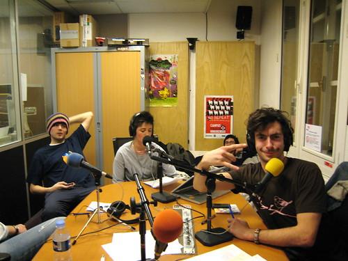 Dans le studio de la radio Campus Paris