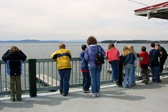 Kids at Lake Champlain (Jomtois) Tags: trip field kids burlington class