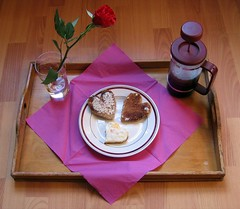 Heart-shaped Breakfast (photojennic) Tags: food love coffee rose tag3 taggedout breakfast hearts nice tag2 niceshot tag1 lovely1 breakfastinbed photojennic msh0608 msh060813