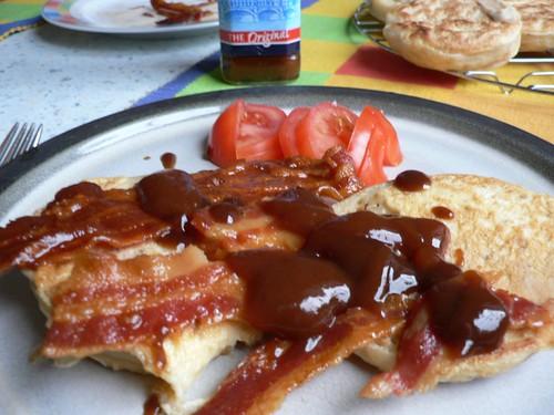 Herzhafte Arme Ritter mit knusprigem Bacon oder French Toast à la Jamie