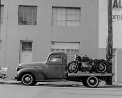 Sometimes I dream that I was a photographer before I was one (Piro Patton) Tags: california street city blackandwhite black cars 6x6 film car zeiss truck square san francisco cityscape circles streetphotography hasselblad narrative hssselblad